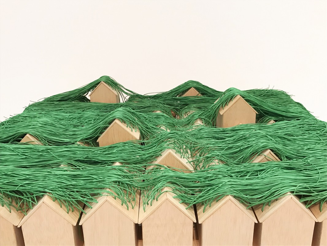 Green Huts. Instalación 50 cabañas verdes
