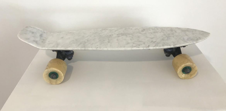 Skate, 2017, marmol, 60 x 20 x 14 cm.