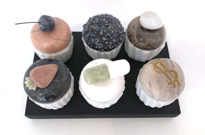 Cupcake, 2017, marmol, 13,5 x 21 x 10 cm.