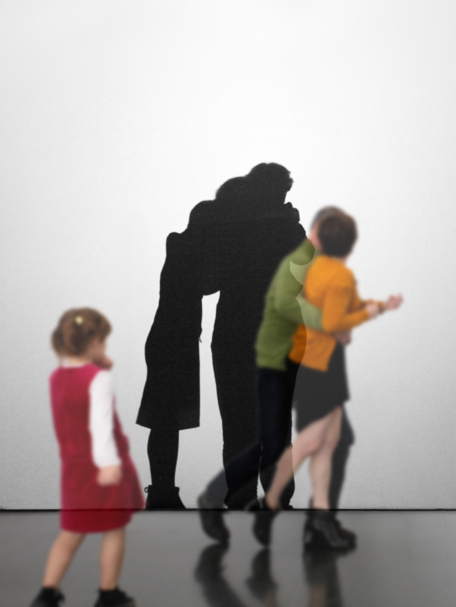 Family Dreams, 2012, slide show en monitor HD